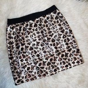 Banana Republic Sequin Leopard Print Skirt sz4